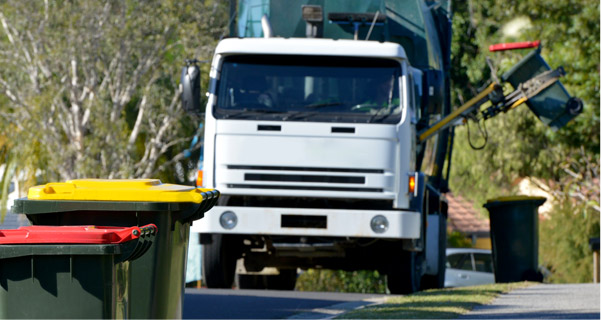Side Load and Rear Load Trash & Recycling Trucks for Municipalities